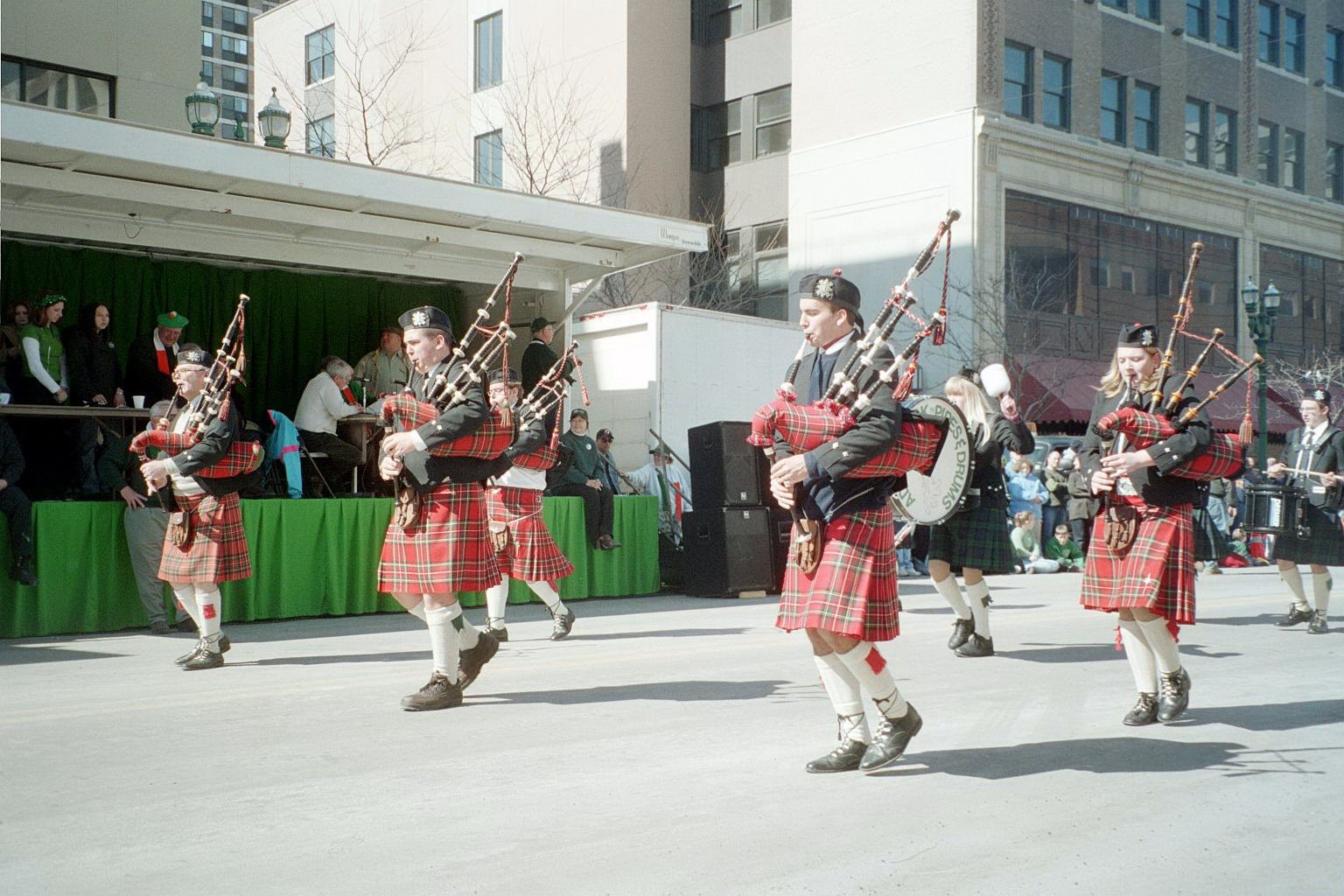 bagpipers party gif
